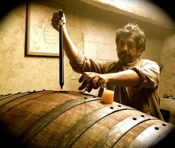 Nicolas fiskar upp vin